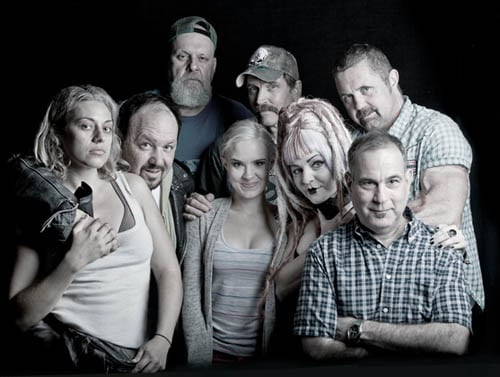 smothered-cast