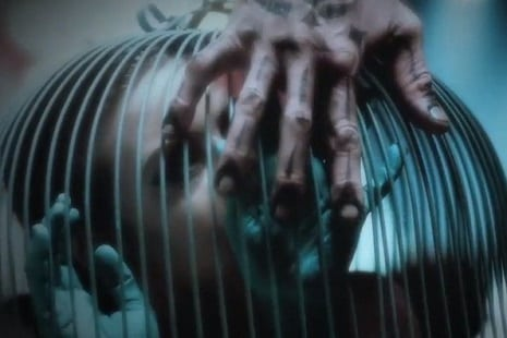 TV: Fourth 'American Horror Story: Freak Show' teaser is caged