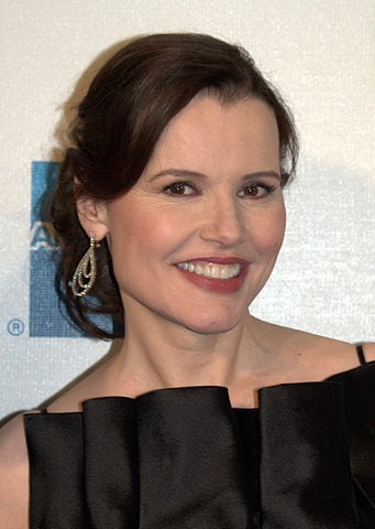 341px-Geena_Davis_at_the_2009_Tribeca_Film_Festival