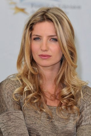 Annabelle Wallis Biography Profile Image