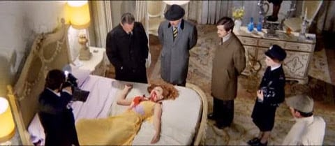 Death Walks on High Heels (La morte cammina con i tacchi alti) 1971 (napisy pl) giallo[(105911)19-51-32]