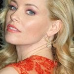 Latest Movies:  Elizabeth Banks in line to star in all female Ocean's Eleven remake!